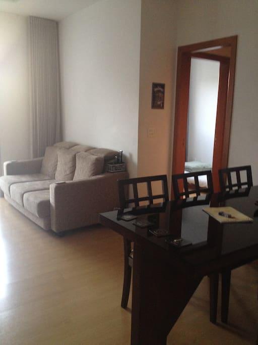 Sala de estar e tv (2 de 3)