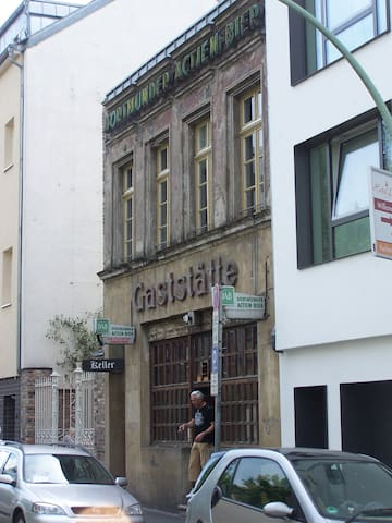 Kult Gaststätte in Köln.