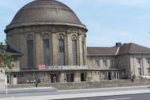 ICE Bahnhof Köln Deutz Messe in nur 7 Minuten zu Fuß zu erreichen!
