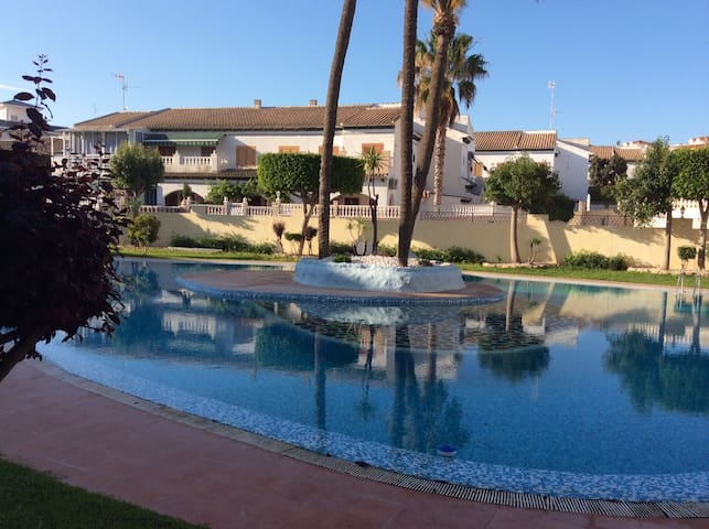 2 bedrooms pool apartment near sea - Torre La Mata