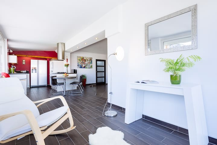Appartment Design, Amazing Terrace - Châteauneuf-les-Martigues - Appartement