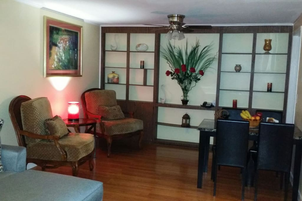 Quiet And Spacious 2 Bedroom Suite With Breakfast Bed Breakfasts For Rent In Charlotte