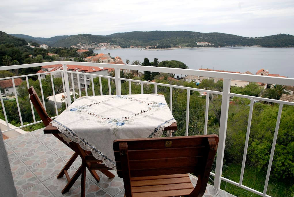 Apartment A-1 balcony with sea view