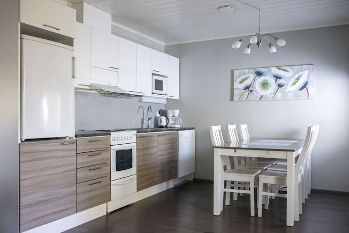 Apartment w/ sauna on River Ii (free breakfast)