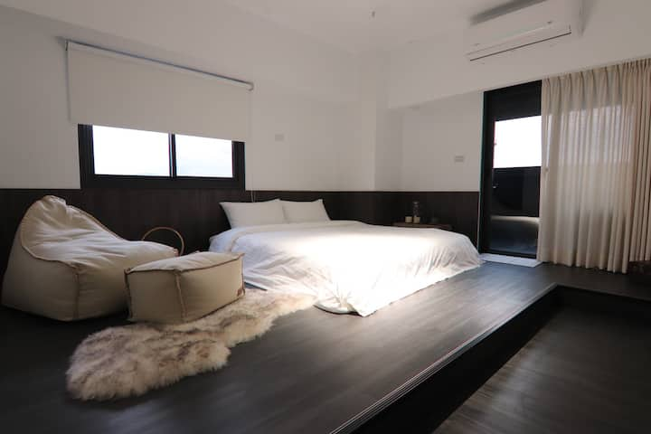 NiteNite Hostel. 晚安安、私人住所。 星空泡澡雙人房。