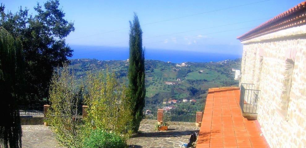 Casale Torone - Ogliastro Cilento - 一軒家