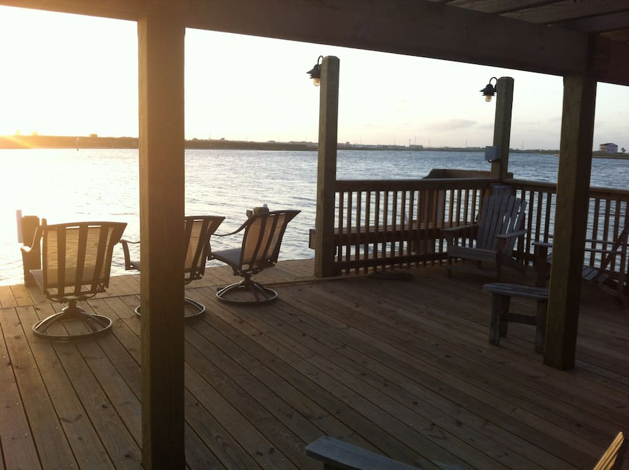 Relax or go fishing on the community deck and watch the sunset.