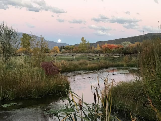 Fly Fishing River Bottom Ranch, Glamping Retreat