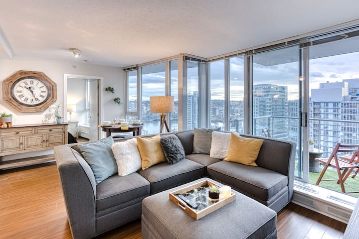 Falsecreek Views Gastown-2bdrm/2bth/1prk