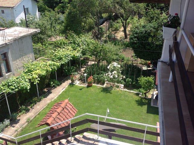 Комната с видом на море - Варна - Дом