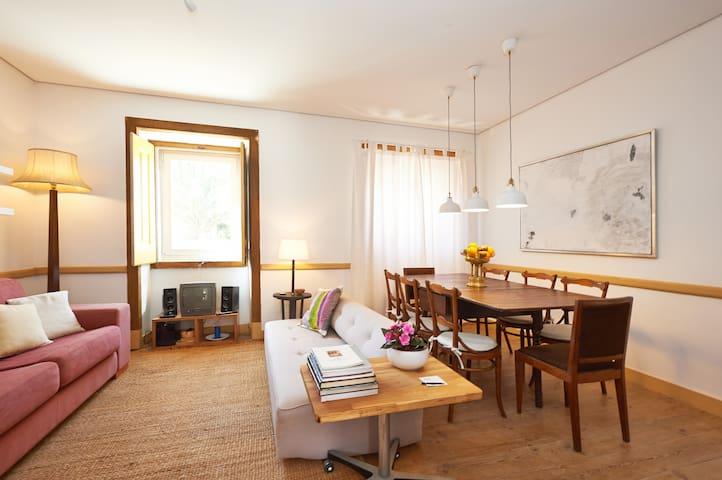 Sala de estar e de pequenos almoços