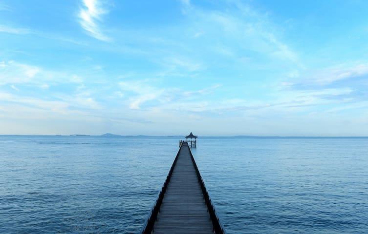 Quiet seaview suite for two in Batam - Nongsa - Huoneisto