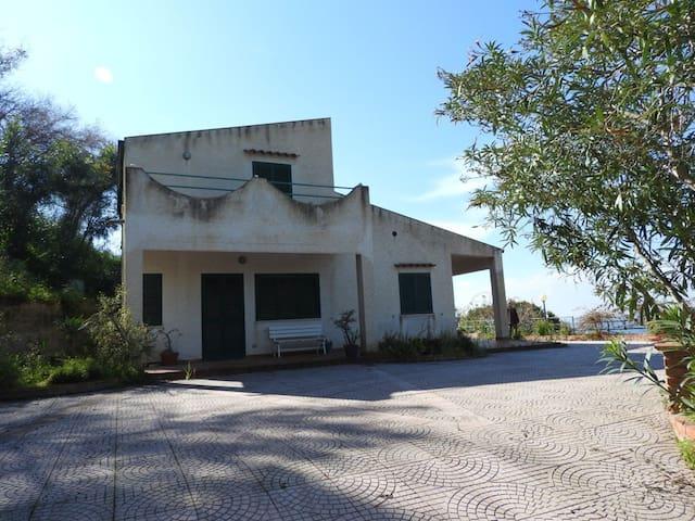 Villa Panoramica a pochi km da Cefalù - Capo - Hus