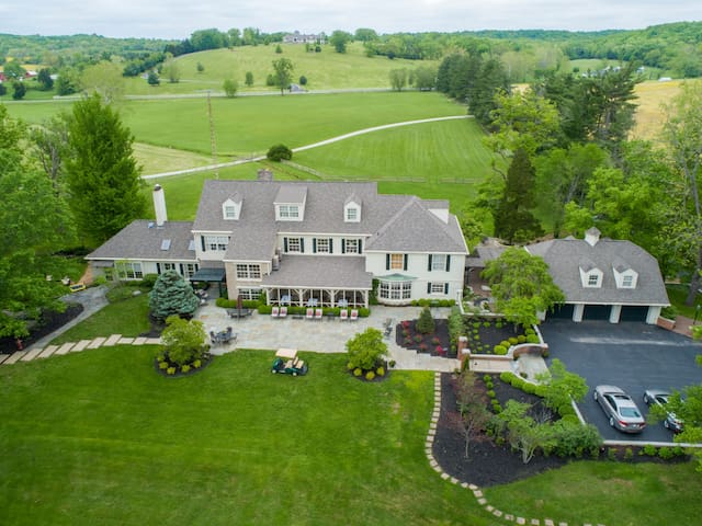 Grand Country Estate - 14,000 + sf Luxury Living