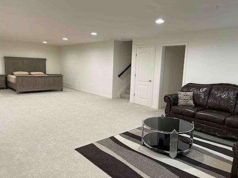 Entire Ground-Floor Apartment in White Marsh