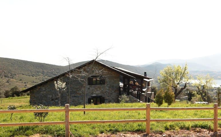 Rural Médulas 3. Casa rural en un precioso entorno - Las Médulas - Ev