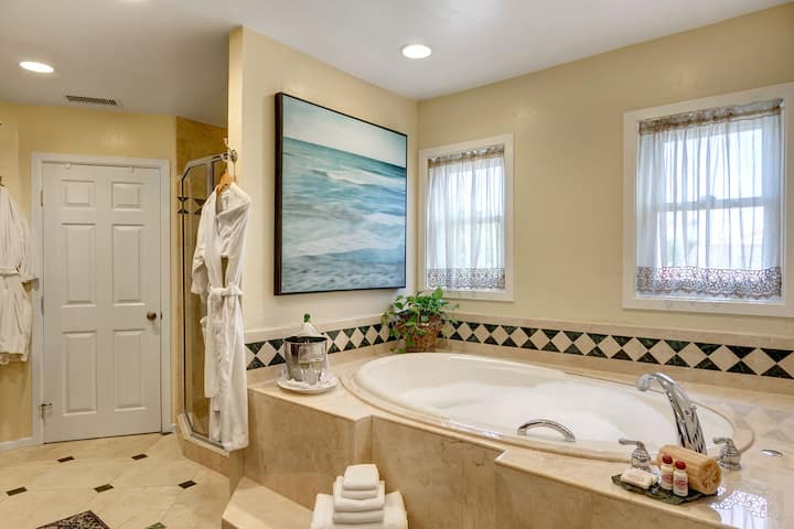 La Jolla Suite - Hillcrest House Bed & Breakfast