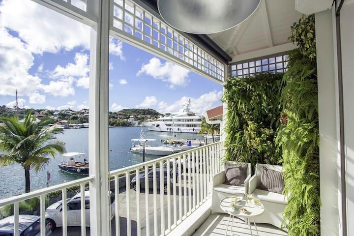 Suite Harbour - Overlooking the Gustavia Harbor
