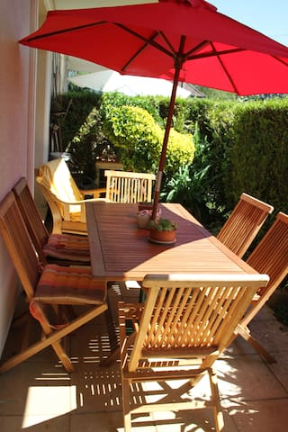 Appartement de 58 m2, rez de jardin avec terrasses - Pfastatt