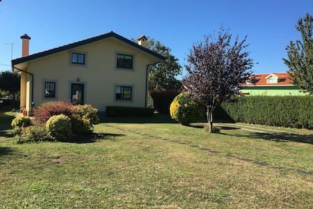 Casa con encanto en la ría de Ferrol