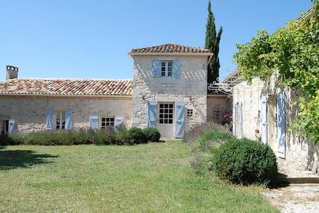 Lapiade - Touffailles - Maison