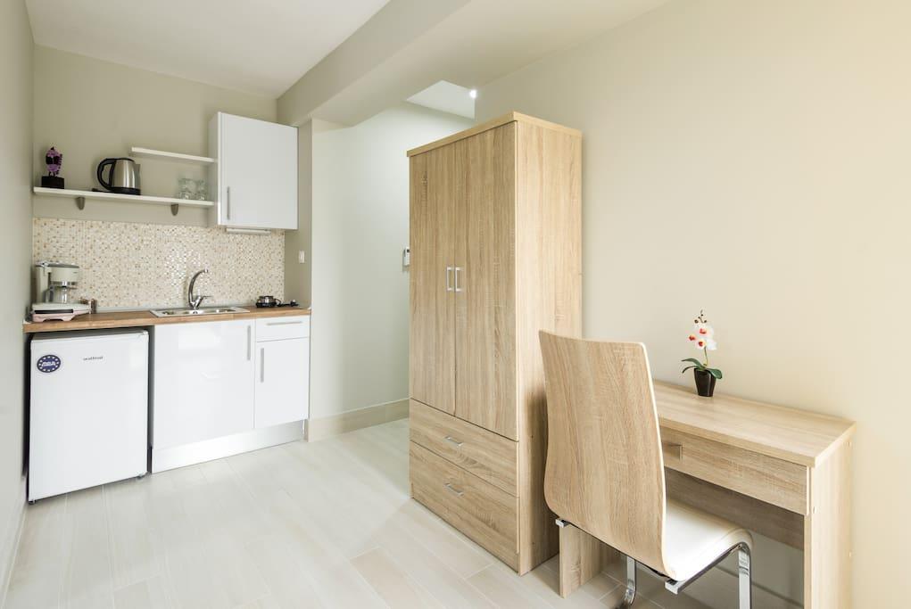 Downtown luxury caravanserai studio 4 apartments for for 417 salon downtown