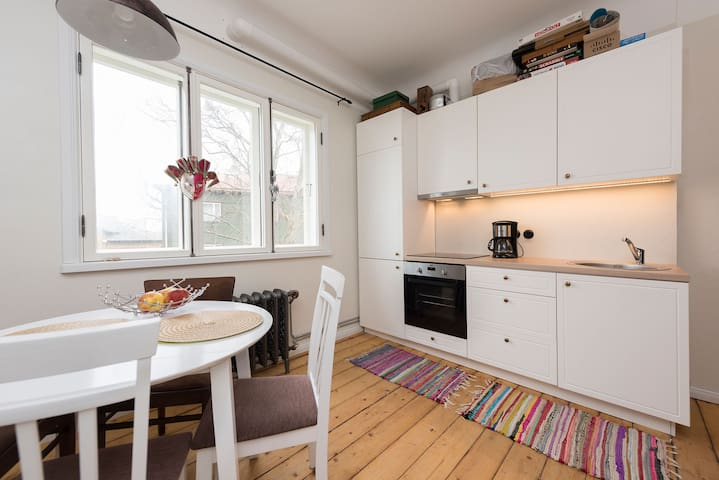Cozy harbor apartment in Kalamaja (Old Town) - Tallinn - Apartment