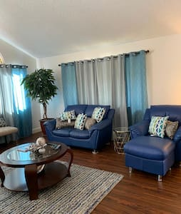 Entire home, Solar, Large, Airy,  Clean  Kapolei