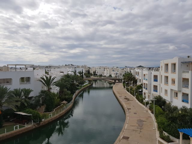 Appartement dans une résidence à 1min de la mer