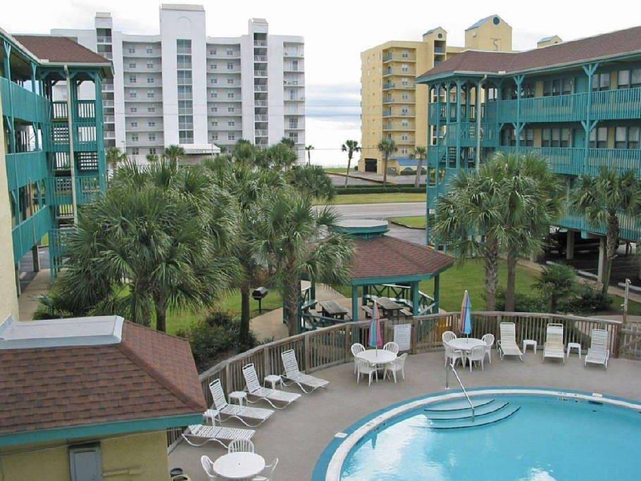 Sea Breeze Unit 311 Family Friendly Beach Condo Condominiums For Rent In Gulf Shores Alabama