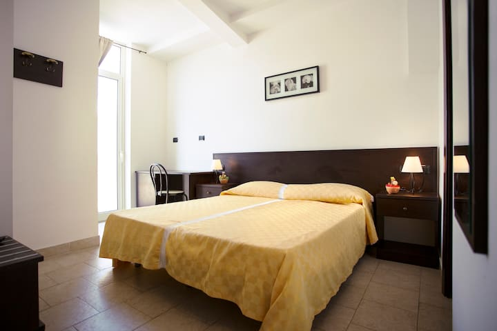 Camera - Sant'Alessio Siculo - Guesthouse