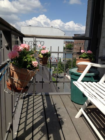COPENHAGENS MOST COSY STREET - København - Apartment