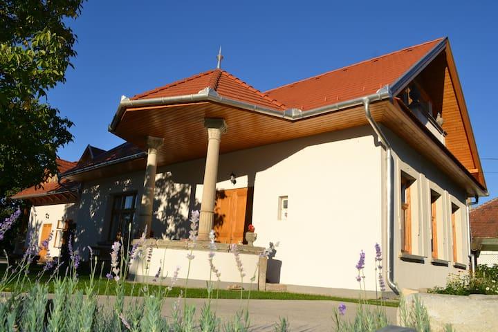 Turján Vendégház