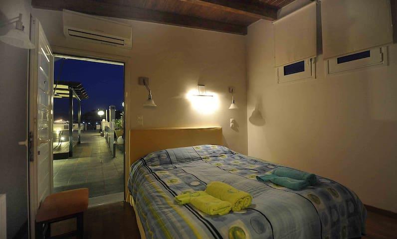 doublebedded bedroom