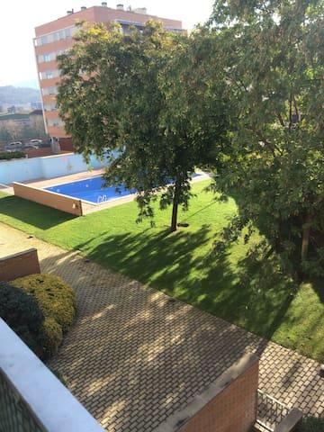 Piso completo de 3 habitaciones - Sant Andreu de la Barca - Condominio