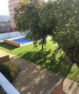 Piso completo de 3 habitaciones - Sant Andreu de la Barca