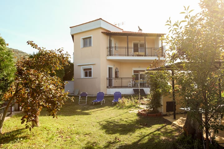 Villa Maria, Ground floor apartment