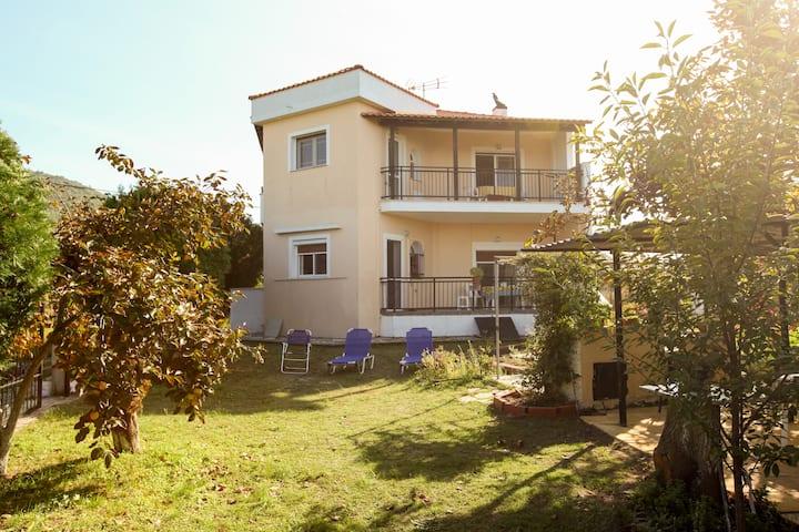 Villa Maria - Upper floor apartment