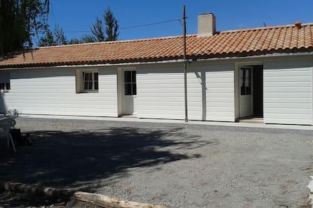 Maison entre terre et mer - Saint-Gervais - Haus