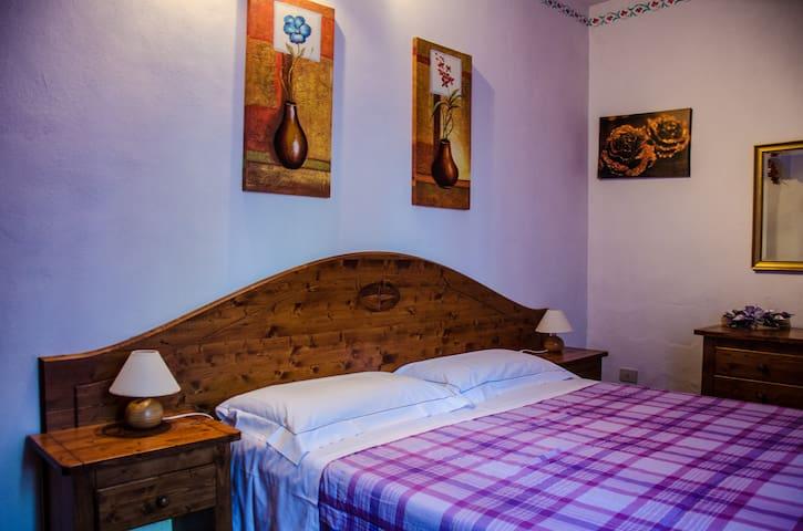 Ristoro a Lucarelli - Radda In Chianti - Bed & Breakfast