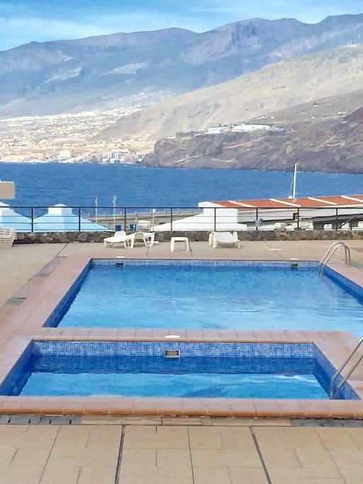 piscina BUNGALOW