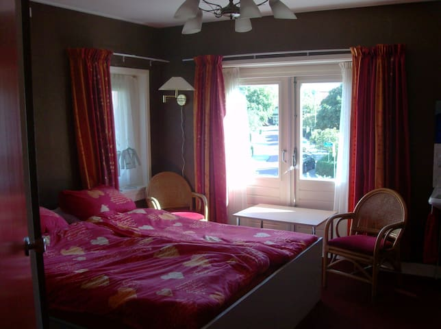 "B&B ""de Pastorie"" Bolsward - Bolsward - Bed & Breakfast"