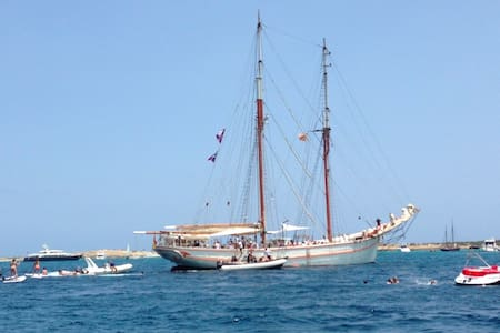 schooner CALA MILLOR,  sailing events up 150guests - Ibiza
