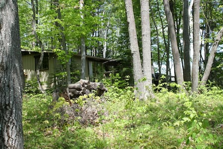 Canadian Cottage Experience. - Havelock - Srub
