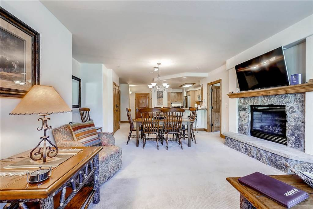 Hearth,Dining Table,Furniture,Table,Fireplace