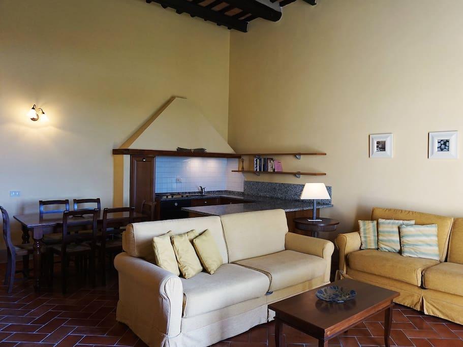 interno Le foto mostrano solo alcune tipologie di sistemazione, ogni camera è diversa nelle finiture e in alcuni particolari. Gli alloggi verrano assegnati in base alla disponibilità al momento della prenotazione.