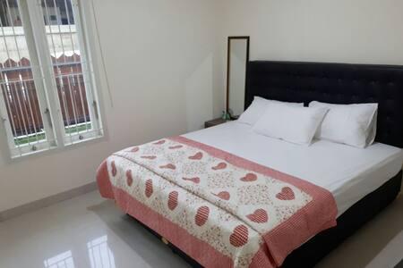ZALTI Lombok Home Stay