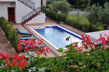 App.-suite 2+2 /with shared pool  - Rovinj, Rovinjsko Selo - Huoneisto