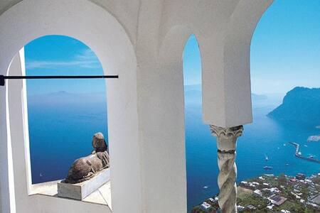 *****www naplesisyourhome-b&b-wifi-Giu - Naples - Huoneisto