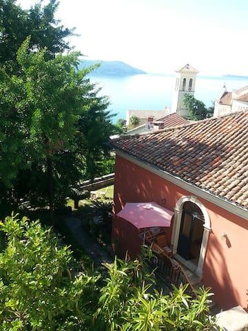 Traditional Stone Villa in Old Town - Herceg Novi - Villa